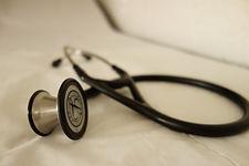 stethoscope-2359757.jpg