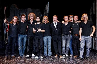 Roger Taylor + Brian May & Band