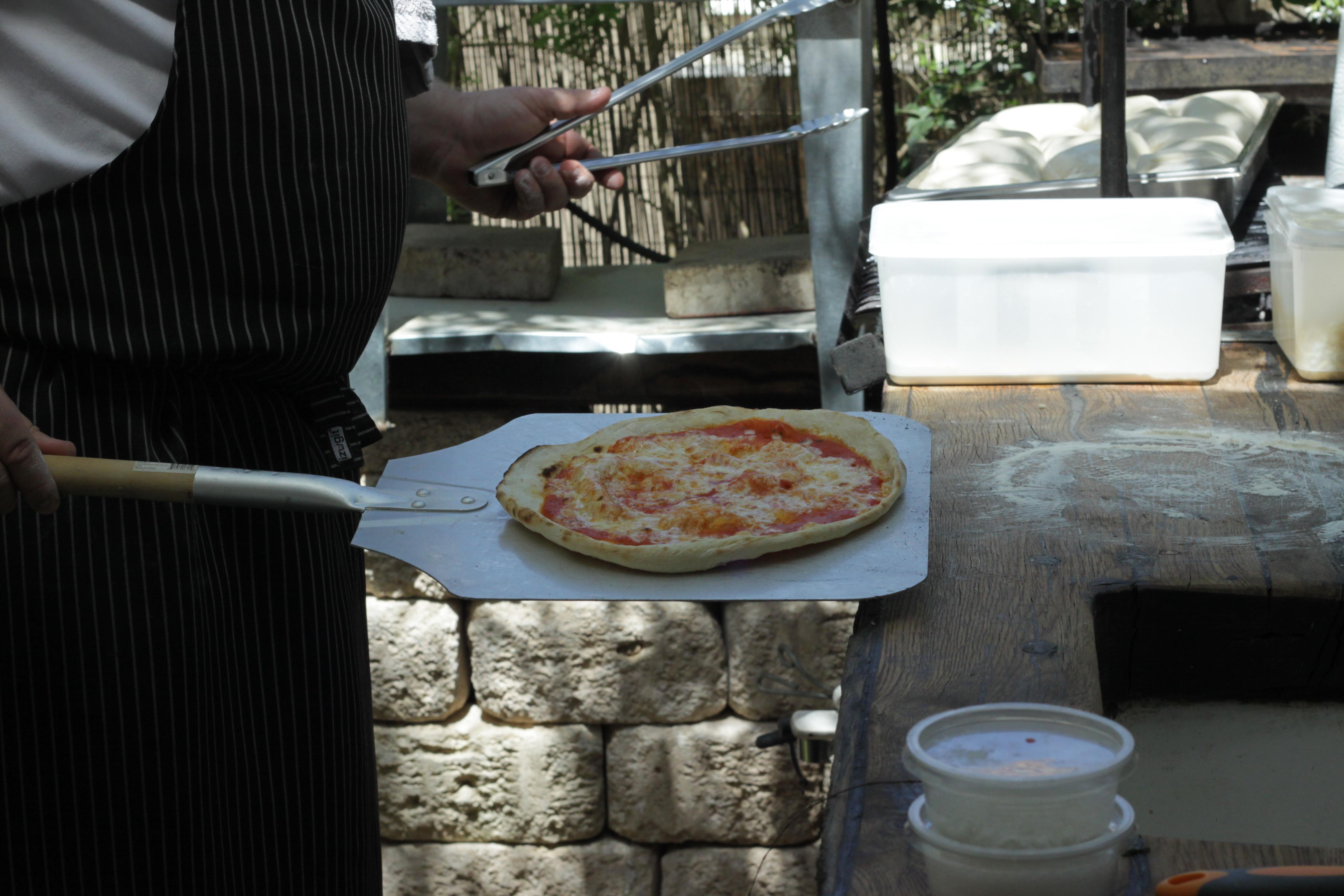 פיצה מהטאבון