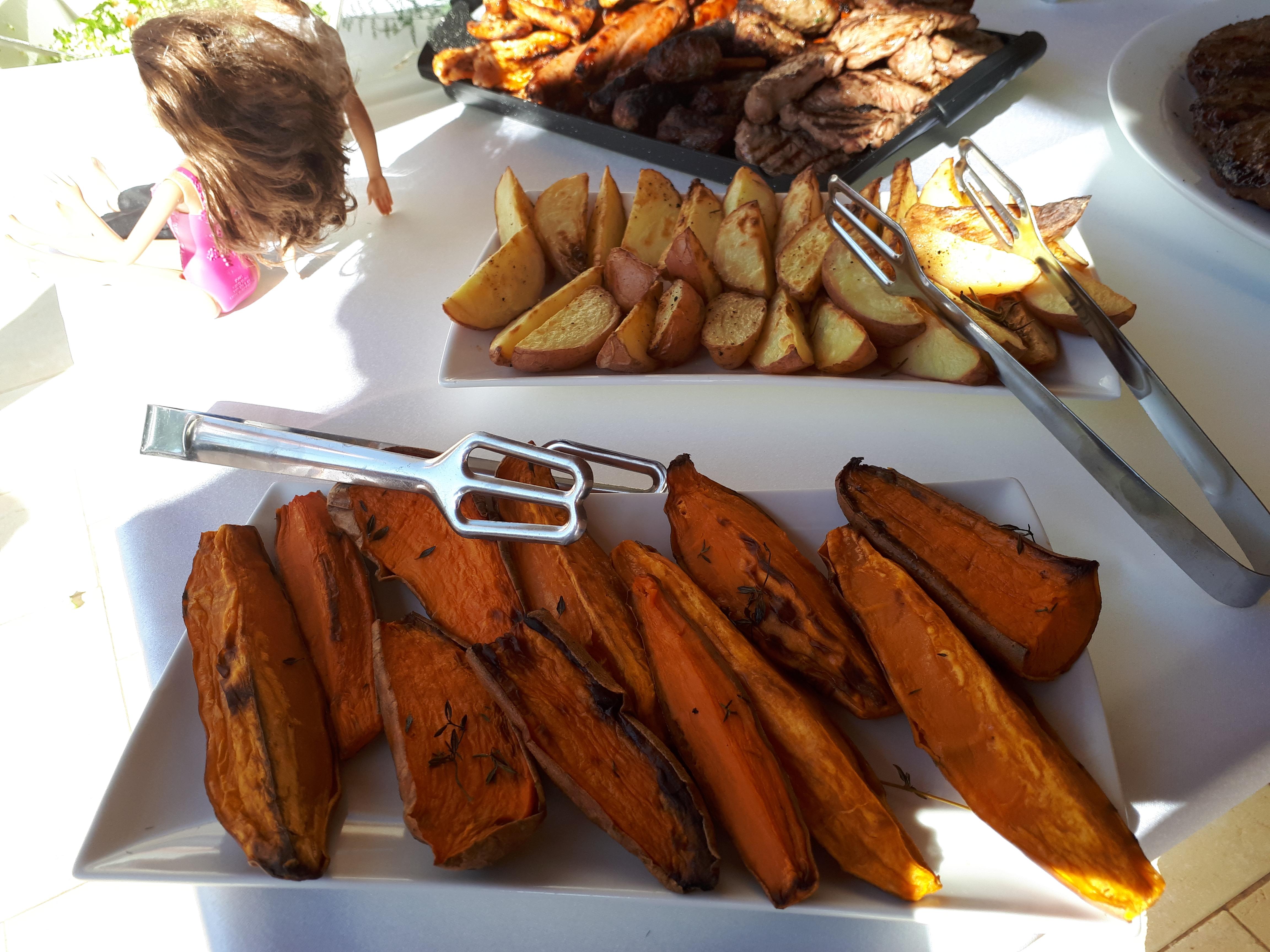 סירות תפוחי אדמה ובטטה