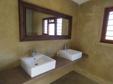 1 bathroom a.JPG