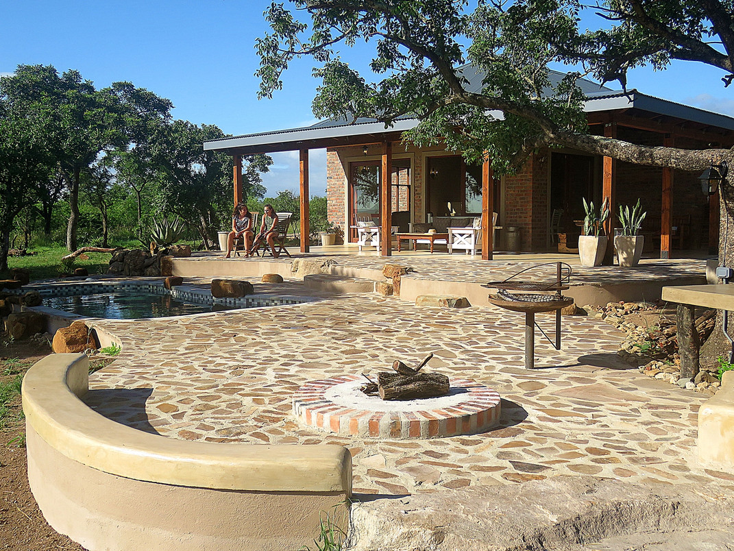 1 view of whole lodge resize.JPG