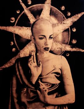 Femme Divine 1