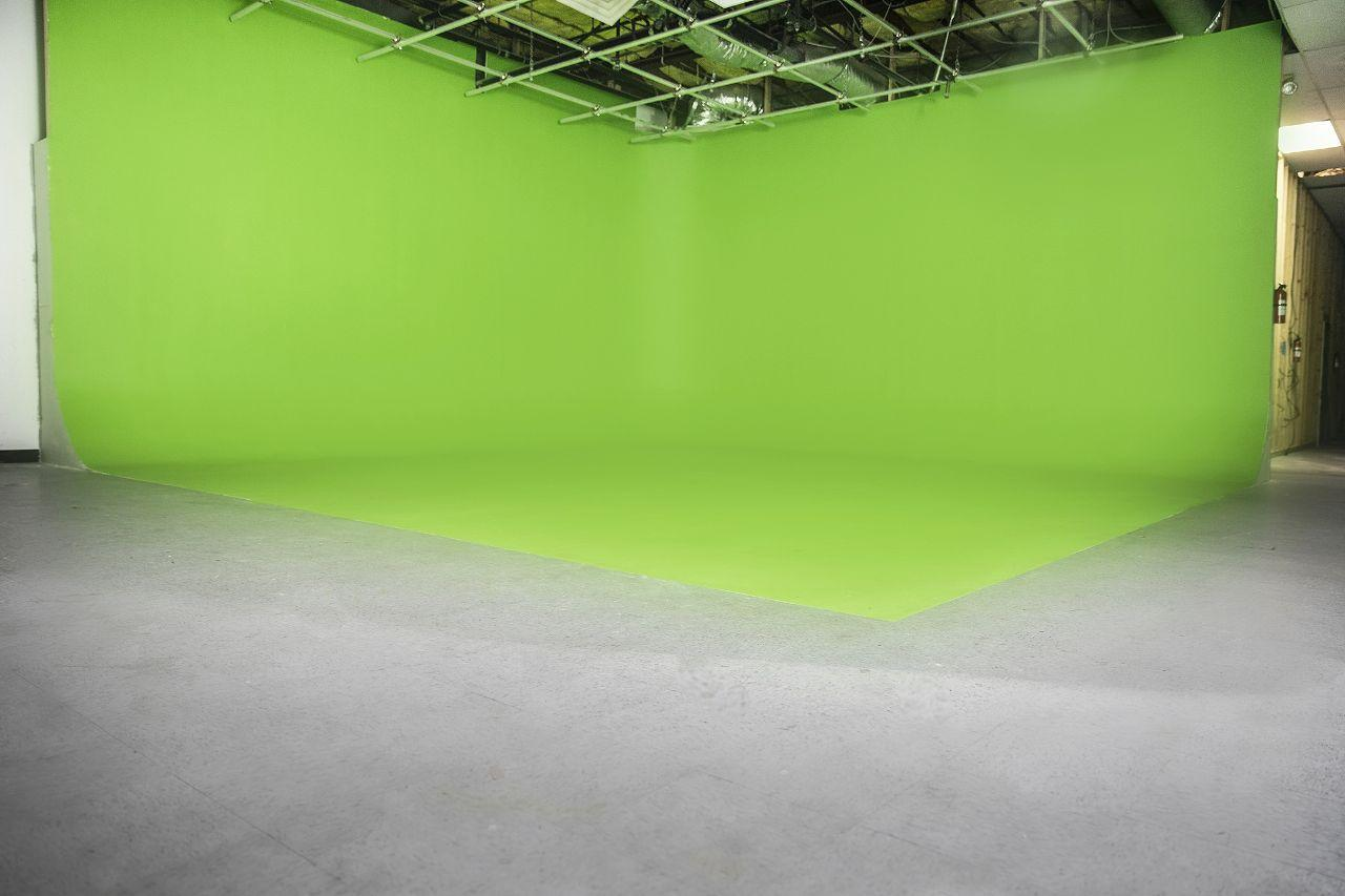 Green Screen Front.jpg