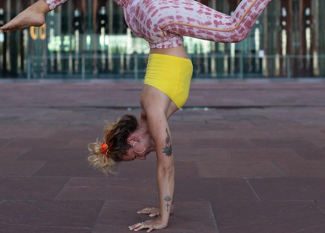 Fotoshoot_Yoga_Nanna-2_edited_edited.jpg
