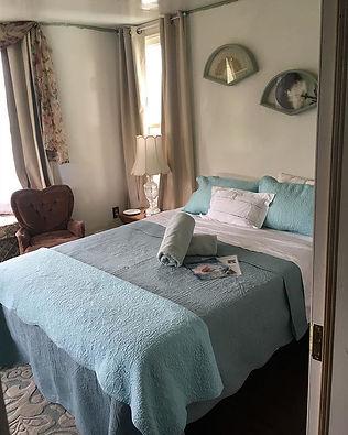 Just love this room #blueroom #oldhouse