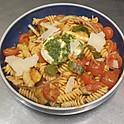 Pates, courgettes, tomates cerises, Pesto, Pignon