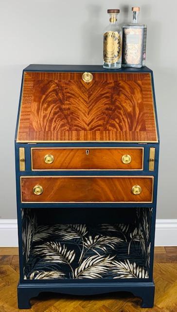 Drinks cabinet/ writing desk