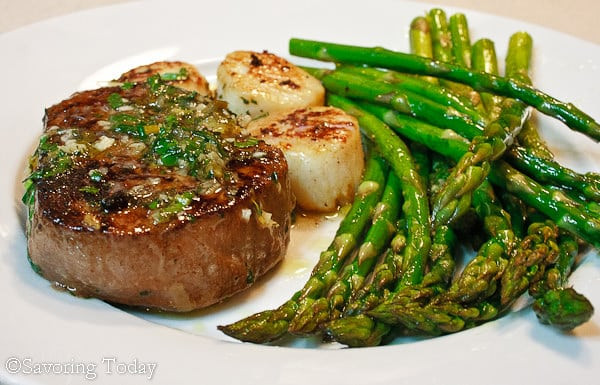 Recipe for Scampi Style Steak and Scallops made with White Wine