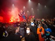 Hockey-Fans feiern zu Tausenden den Meistertitel für den EVZ