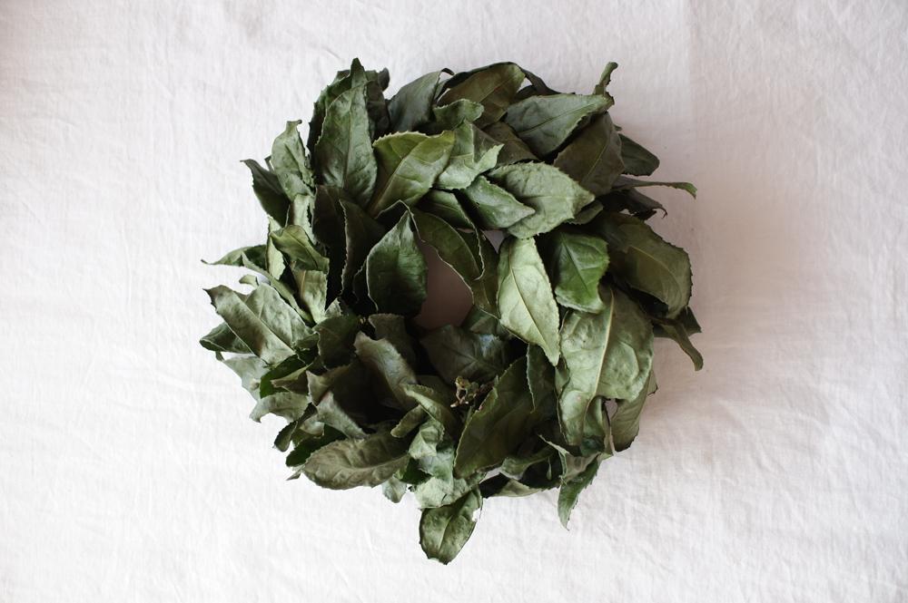 「お茶の葉リース」