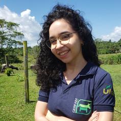 Presenter: Érica Coutinho David