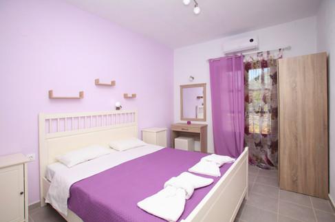 2 Bedrooms , 2 Bathrooms Sklavos Studios