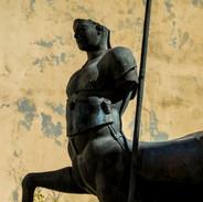 """""""Il Centauro"""" di Igor Mitoraj a Pietrasanta"""