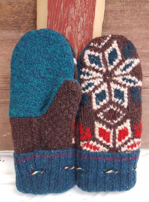 Cuteness...mitten style!