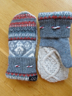 Mittens/Traditional Colors
