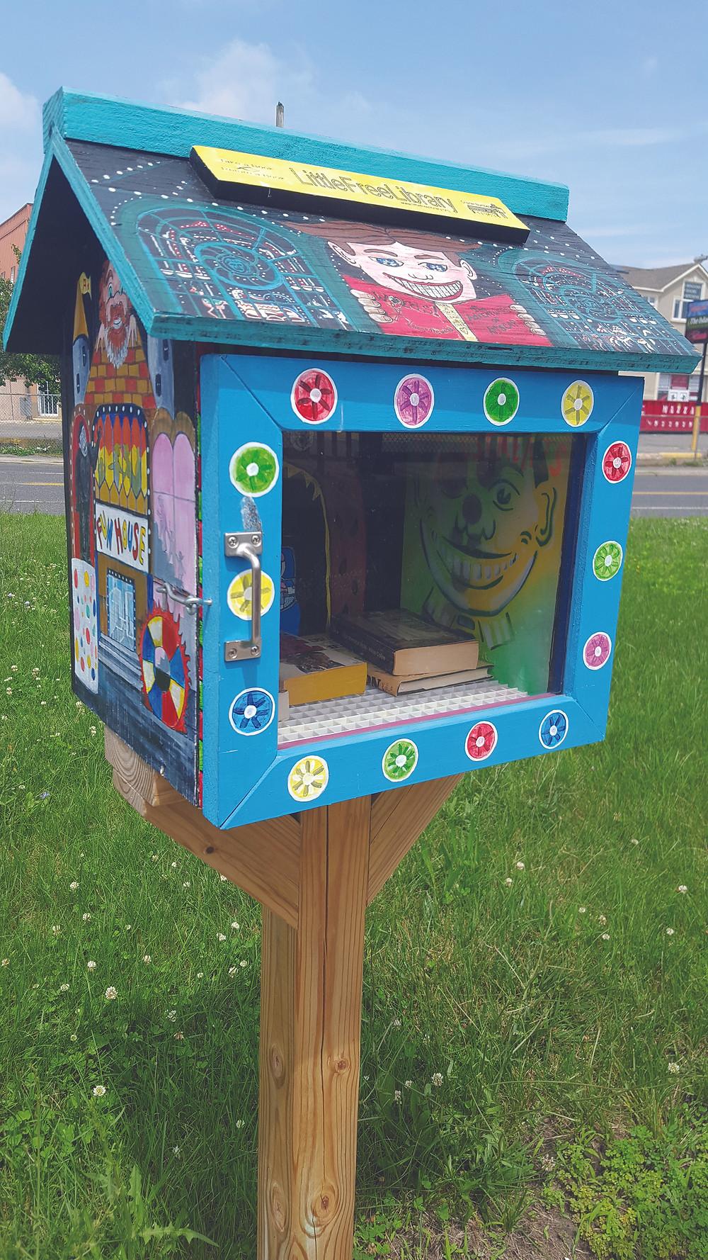 Asbury Park Mini Library  Photo by Vanessa M. Arico, Asbury Park Zest