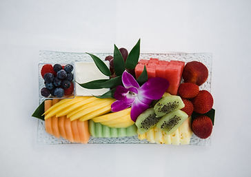 Fruit Tray with Yogurt and Berries ( Sma