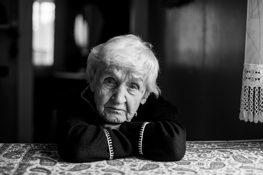 Further Your Understanding: Dementia and Mood