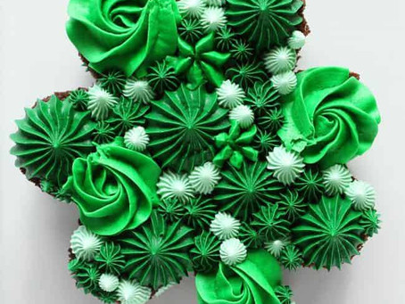 St. Patrick's Day Cookies and Cakes Ideas!