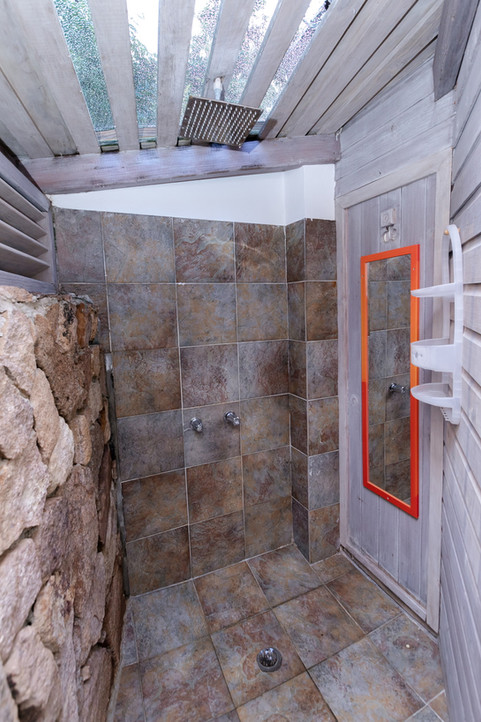 K'ai outdoor shower