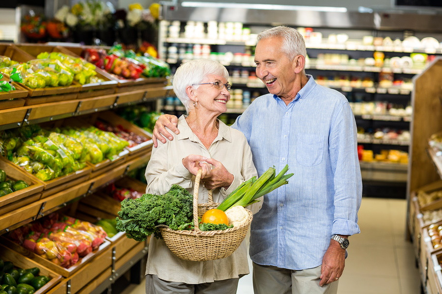 Helpful Tips When Escorting Those With Dementia in Public Places