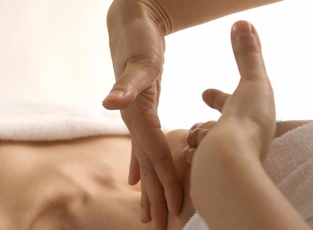 massaggio in gravidanza ti aiuta a capire il tocco ideale per te durante il travaglio