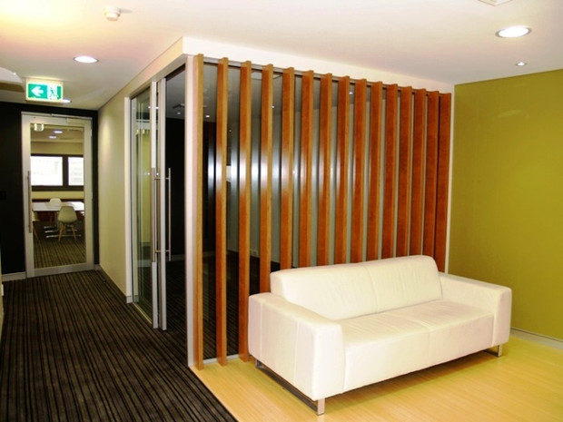 3. The use of plywood vertical slats were used to create the feature wall.