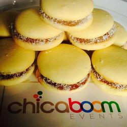 Instagram - Alfajorcitos con Dulce de Leche! We cater! #catering # yummychori