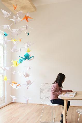 Sofia y origami.jpg