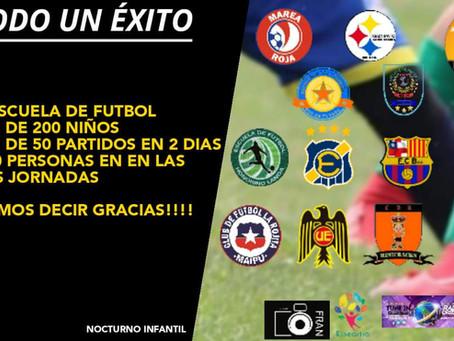 Todo un éxito fue el primer campeonato nocturno infantil de fútbol en Peñalolén.