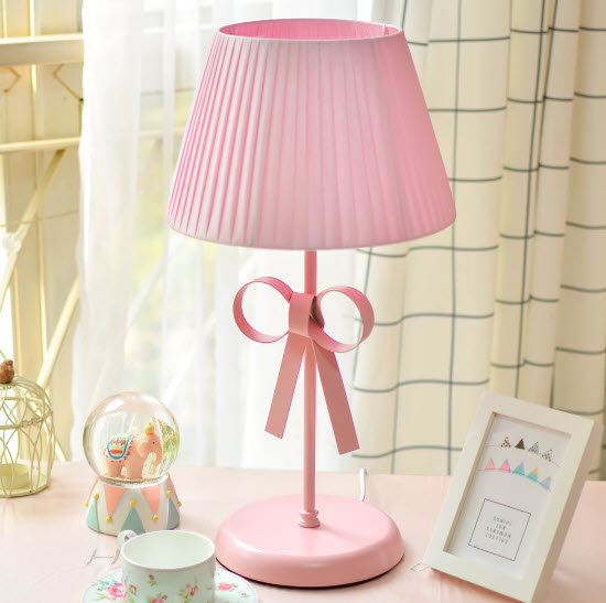 Pinky Desk Lamp (PO61)