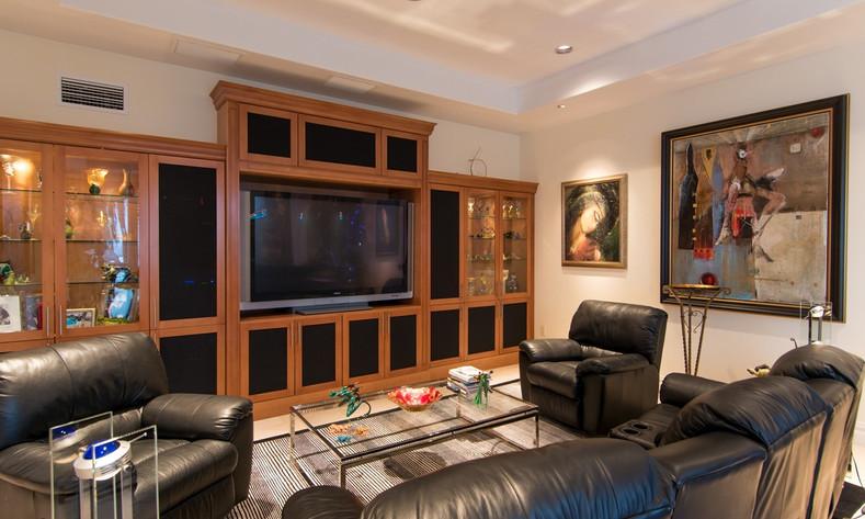 family room 2.v1.jpg