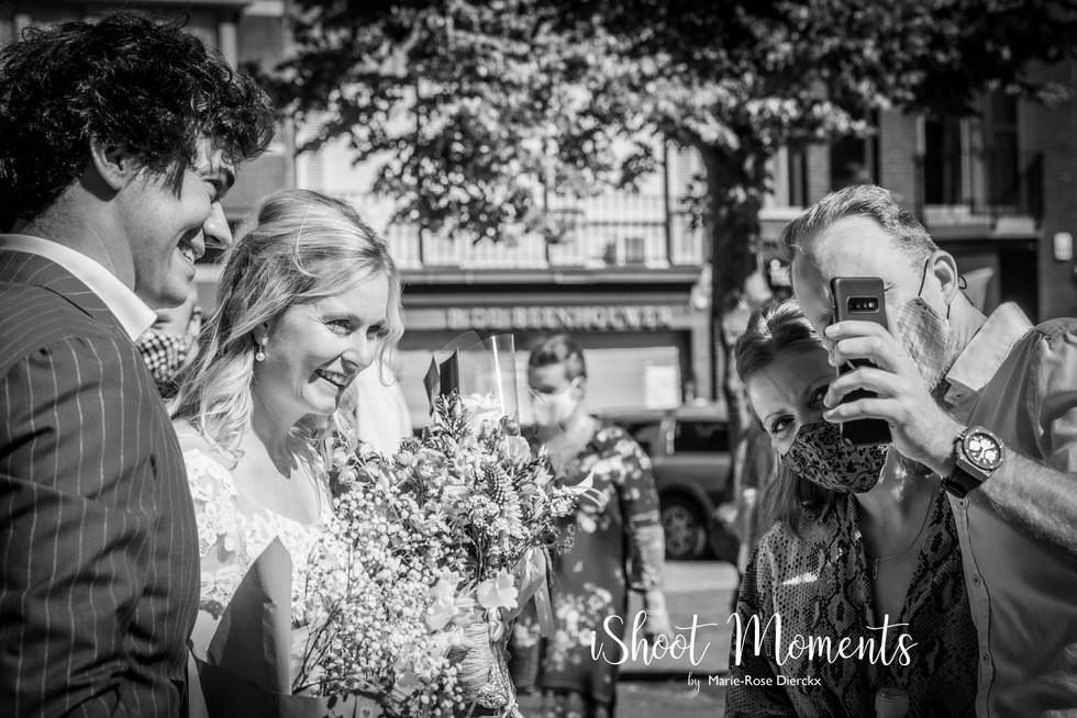 Spontane trouwfoto's