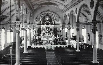Pre-Vatican_2_Sts._Peter_and_Paul_Church_Divine_Mercy_Parish