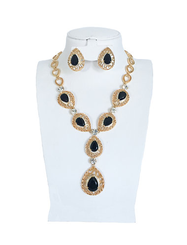 Black Crystal Drop Vintage Jewelry Set …