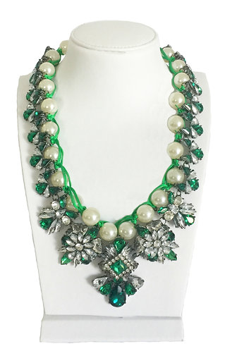 Luxury Crystal Enamel with Pearl Collar Necklace
