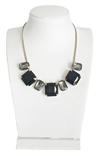 Black Crystals Drop Necklace