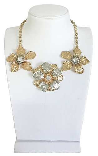 Trendy Flower Necklace
