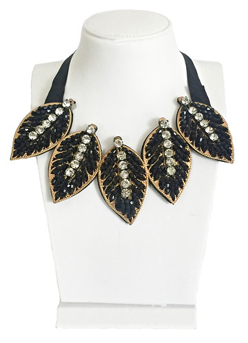 Trendy Leaves Crystals Necklace