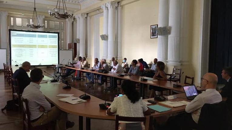 Nouvelle réunion sur la crise de l'eau en préfecture