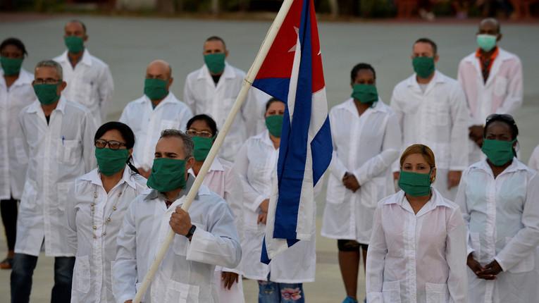 Revue de presse : les médecins cubains sont désormais autorisés à venir aider la Martinique