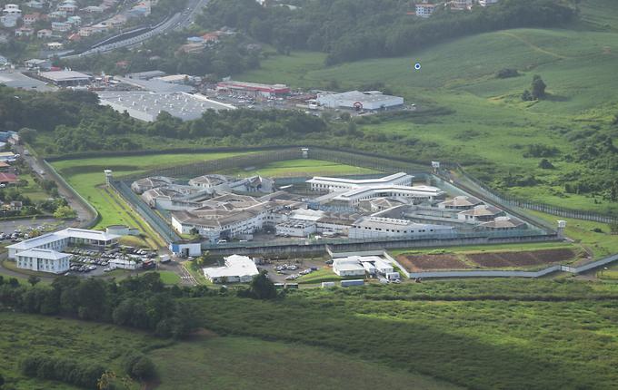Centre pénitentiaire de Ducos : le Ministère doit tenir ses engagements
