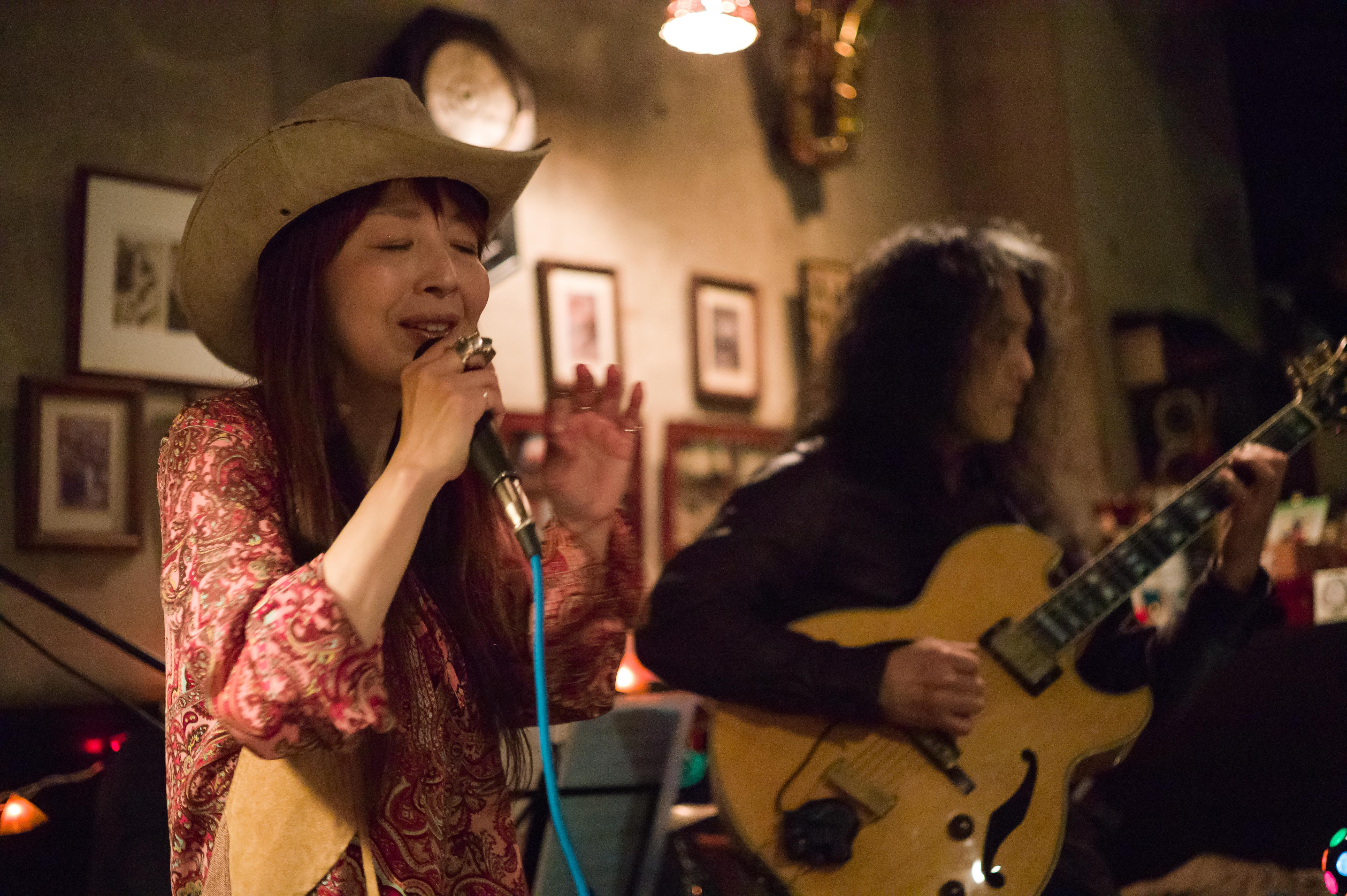 Mayumi  /  Kazz 遠藤