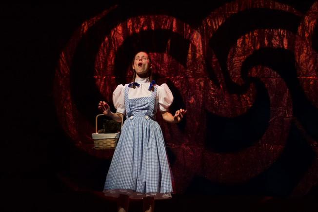 Dorothy-singing.jpeg