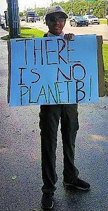 Pascal plastic protest - Jan. 2020 (3).j