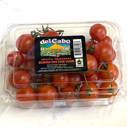 Organic cherry tomatoes on the vine 16z