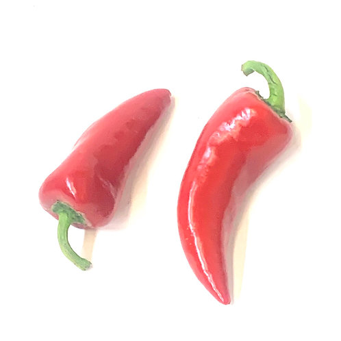 Fresno chili peppers **2pcs