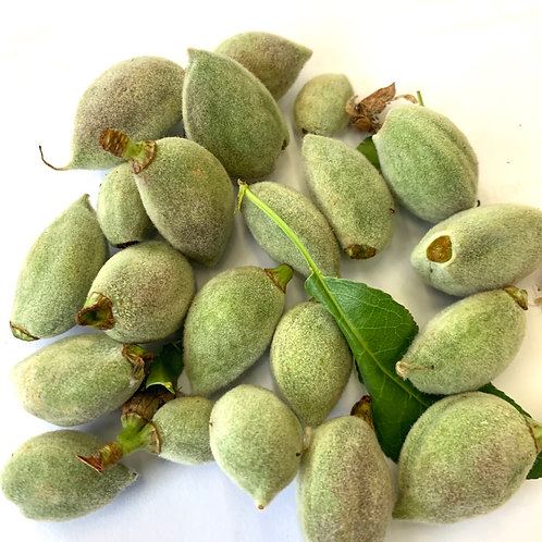 Fresh Almond (USA), 1 lb.  *** seasonal ***
