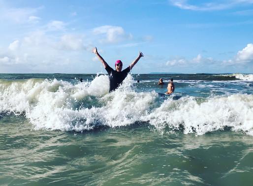 Sea bathing as honouring